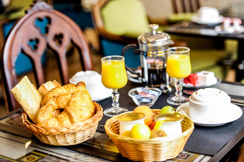 Continental Breakfast in our Charming 3 star Hotel in Arcachon