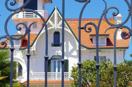 The typical architecture of the houses of Ville d'Hiver in Arcachon - Charming 3 stars Hotel on the Arcachon Bay