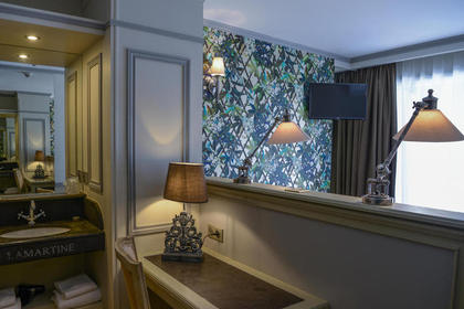 Tradition Room by Hotel Villa-Lamartine - Your Charming 3 star Hotel in Arcachon