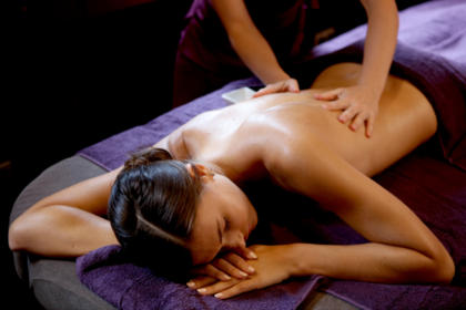 Face & Body Care with the Cinq Mondes Spa in the Eaton's Neck Corner with Hotel Villa-Lamartine, 3 star Hotel in Arcachon