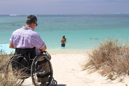 Access to Reduced Mobility People at Villa-Lamartine Hotel in Arcachon