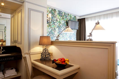 Combine comfort, modernity and change of scenery for your business stay with Hotel Villa-Lamartine, your Charming 3 star hotel in Arcachon