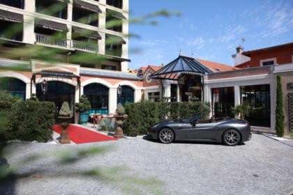 Private Parking at Villa-Lamartine Hotel in Arcachon