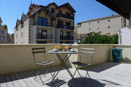 Suite Lamartine Breakfast on your Terrace - Your Charming 3 star hotel in Arcachon